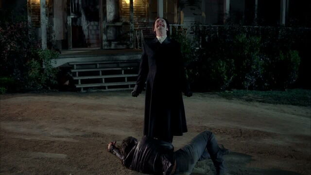 File:3x08 - russell taking off to go to talbot.jpg