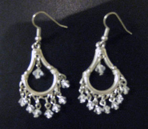 Marianna-harutunian-clear-swarovski-crystal-silver-plated-small-dangle-earrings-profile