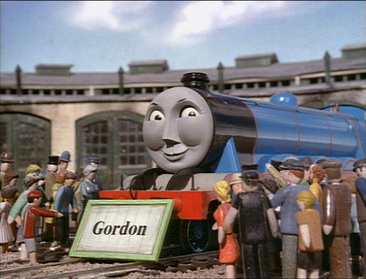File:Gordonwithnameboard.png