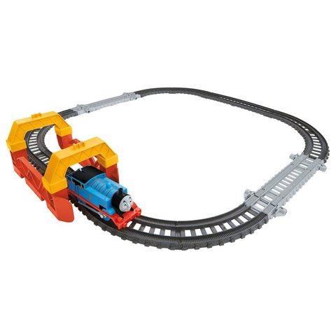 File:TrackMasterRevolution2-in-1TrackBuilderSet2.jpg
