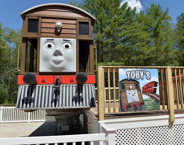 File:Toby'sTiltingTrucks.jpg