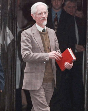 File:ChristopherAwdry2015.png