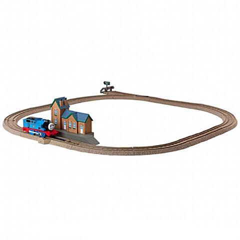 File:TrackMasterThomasattheStation.jpg
