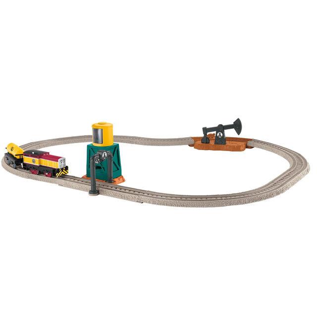 File:TrackMasterPumpandFillOilWorksSet.jpg