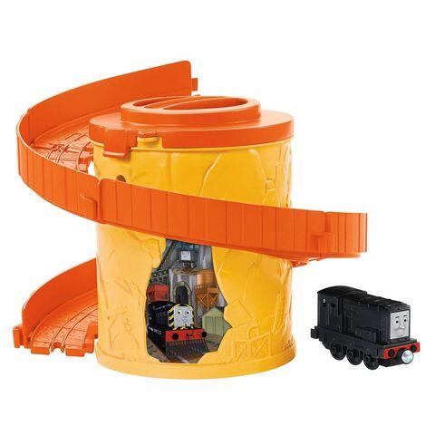 File:Take-n-PlaySpiralTowerTrackswithDiesel.jpg