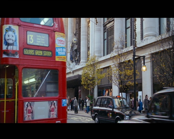 File:ThomasPosterInLoveActually.png