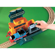 TrackMaster(Fisher-Price)PowerLineCollapse3