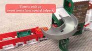TrackMaster (Revolution) Holiday Cargo Delivery Set Demo