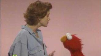 Sesame Street- Elmo Scares Julia Roberts