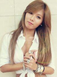 Kim Hyuna 4