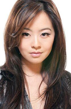 Julia Ling 12