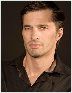 Olivier Martinez 4