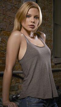 Lauren German 5