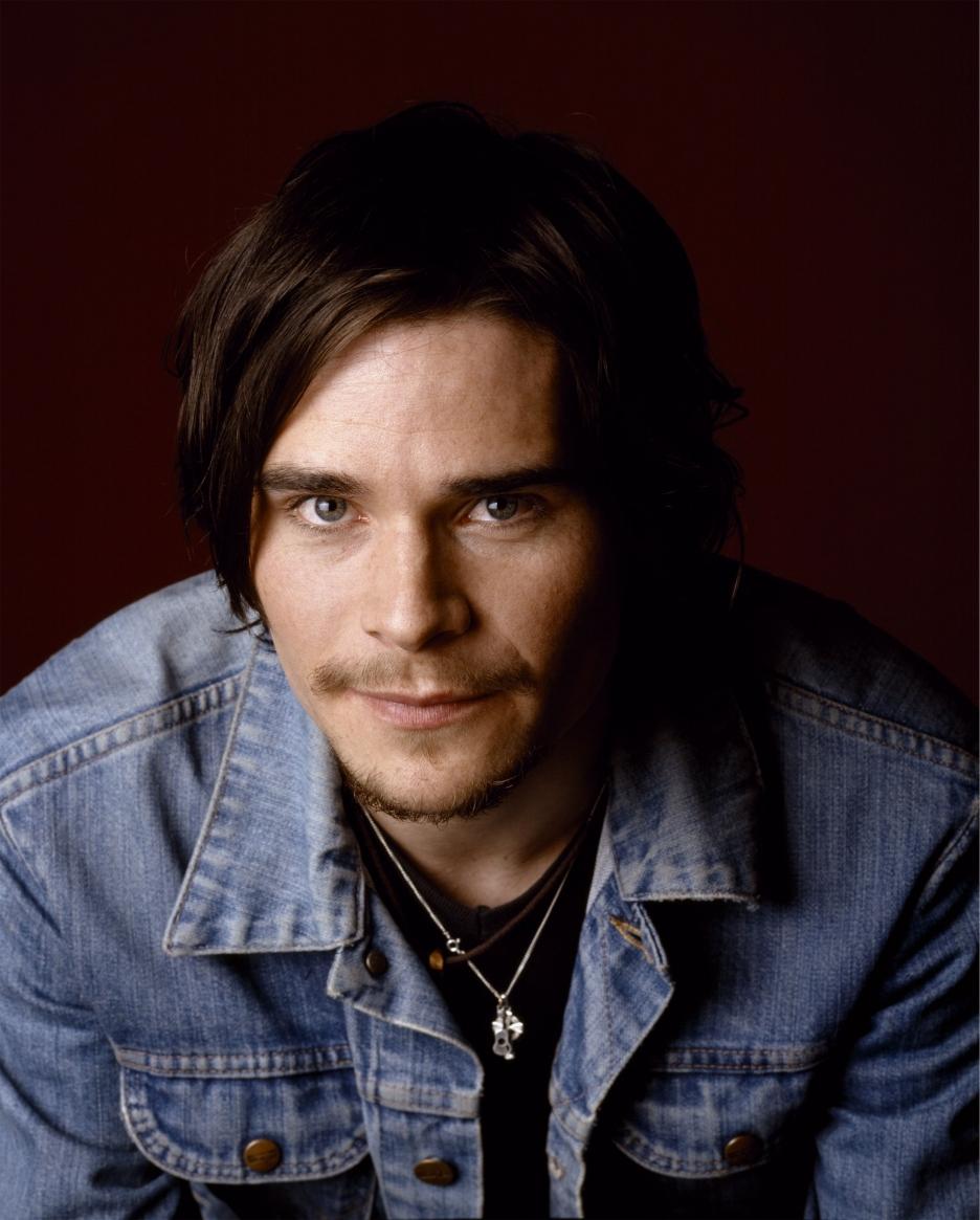 Hans Matheson (born 1975)
