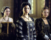 Anne-boleyn-the-tudors-31000812-500-387
