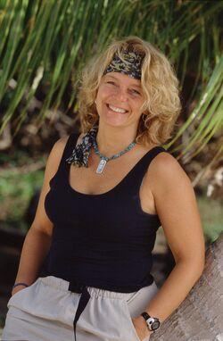 Laure S7 contestant