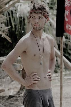 Amir S36 contestant