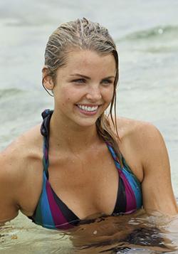 Zoe S22 contestant