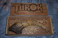 Turok-Evolution-Replica-Dinosaur-Claw
