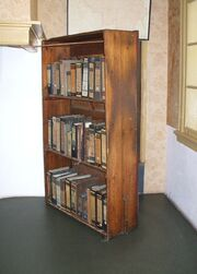 AnneFrankHouse Bookcase-1-