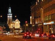 800px-Bahnhof Luxemburg bei Nacht