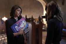 1x05 Malivore-Penelope Josie 1