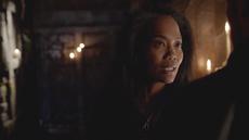 Esther przeprasza 2x17