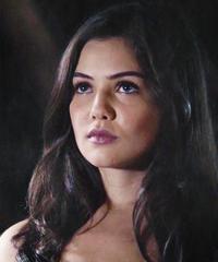 Davina Claire III