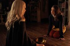 1x05 Malivore-Lizzie-Josie