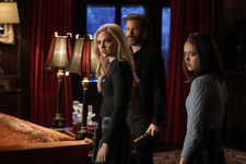 2x12 Kai Parker Screwed Us-Lizzie-Alaric-Josie