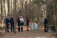 8x16 I Was Feeling Epic-Matt-Alaric-Bonnie-Caroline-Elena-Damon