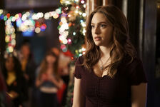 2x08 This Christmas Was Surprisingly Violent-Hope 2 (1)