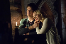 8x16 I Was Feeling Epic-Damon-Caroline