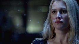 Esther patrzy 2x22