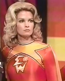 Electra Woman and Dyna Girl 1x01 004