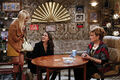 2 Broke Girls 2x15 001.jpg