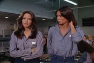 Charlie's Angels 1x04 001