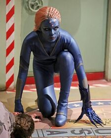 Supergirl 1x15 010