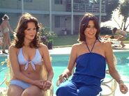 Charlie's Angels 2x21 001