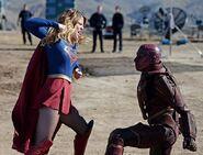Supergirl 1x06 003