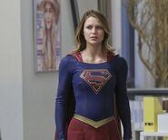 Supergirl 1x19 005