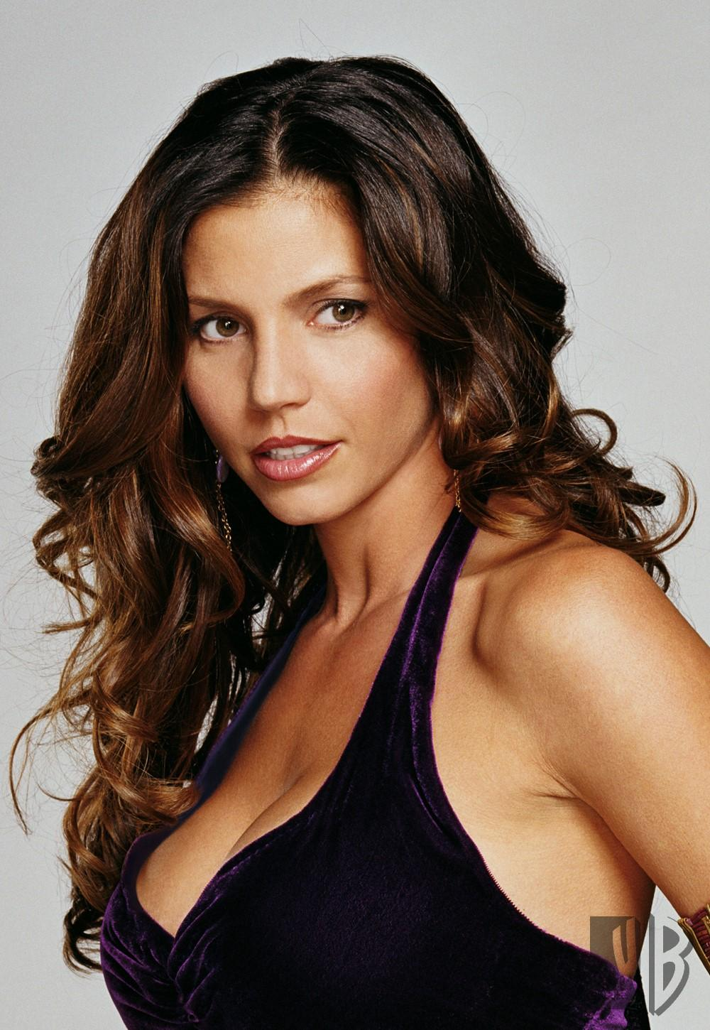 Pictures Charisma Lee Carpenter