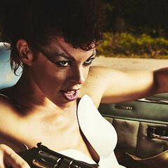 Pollyanna McIntosh como Angel em Hap and Leonard