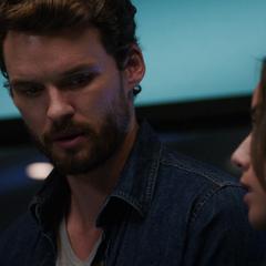 Austin Nichols como Miles em Agents of S.H.I.E.L.D.