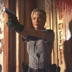 Laurie Holden como Cybil Bennett em <i>Silent Hill</i>