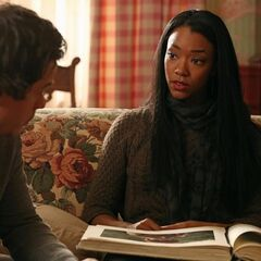 Sonequa Martin-Green como Tamara em Once Upon a Time
