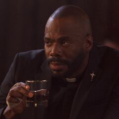 Colman Domingo como Frank Lawrence em Lucifer.