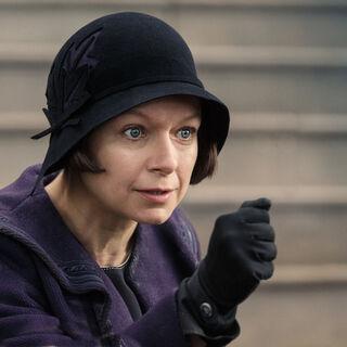 Samantha Morton como Mary Lou em Fantastic Beasts and Where to Find Them