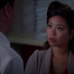 Michelle Ang como Elise em Grey's Anatomy.