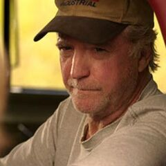 Scott Wilson como Judd Travers em Saving Shiloh